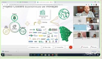 Julio Cavalcante, Secretário da SEDET, liderando a reunião do Cluster de Inovação… enquanto acontece o ROADSHOW de TIC do Ceará (SUCESSO TOTAL…)