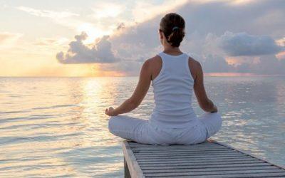 """MEDITAÇÃO estimula a concentração e reduz a ansiedade"""". O IRACEMA Digital estuda uma parceria com a """"InspireSER Psicologia Clínica"""" para estimular seus participantes a essa prática de famosos – www.inspireser.com"""